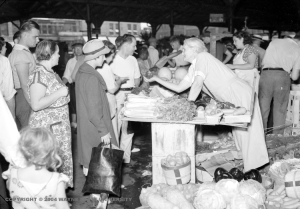 Eastern Market in the 1930s. From the Wayne State University Virtual Motor City Collection